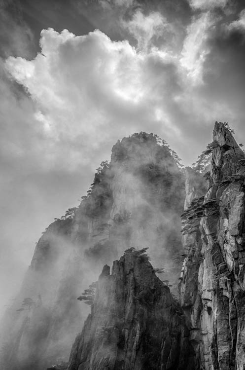 © George DeWolfe