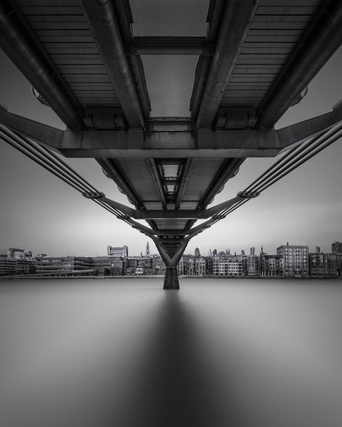 Alter Ego - Millenium Bridge London © Julia Anna Gospodarou 2016