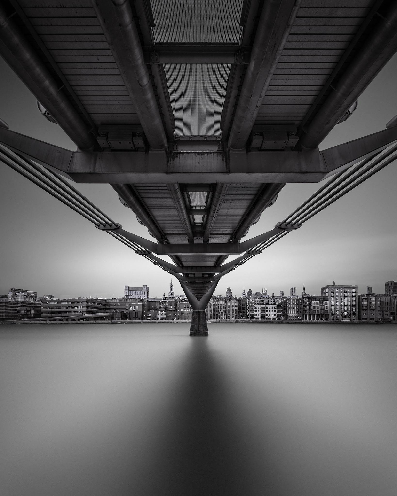 Alter Ego - Millenium Bridge London © Julia Anna Gospodarou