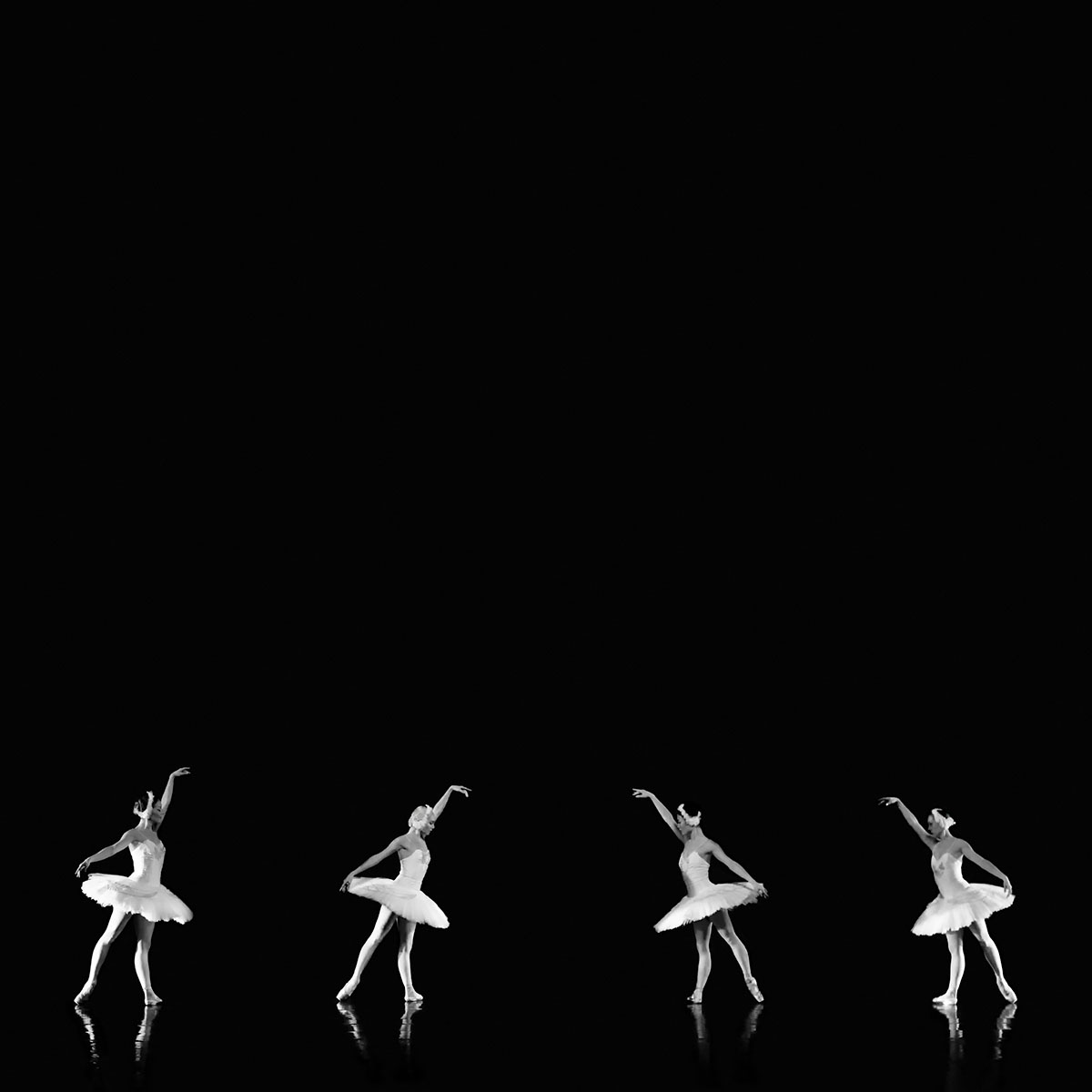 Cadence I - Symmetry © Julia Anna Gospodarou - Dance photography