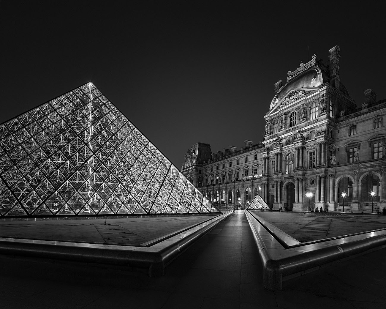 Midnight Light I – Louvre Museum Paris – © Julia Anna Gospodarou 2017 - Award-Winning Architectural Photography