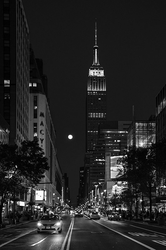 Julia Anna Gospodarou_New York in B&W Study No 05