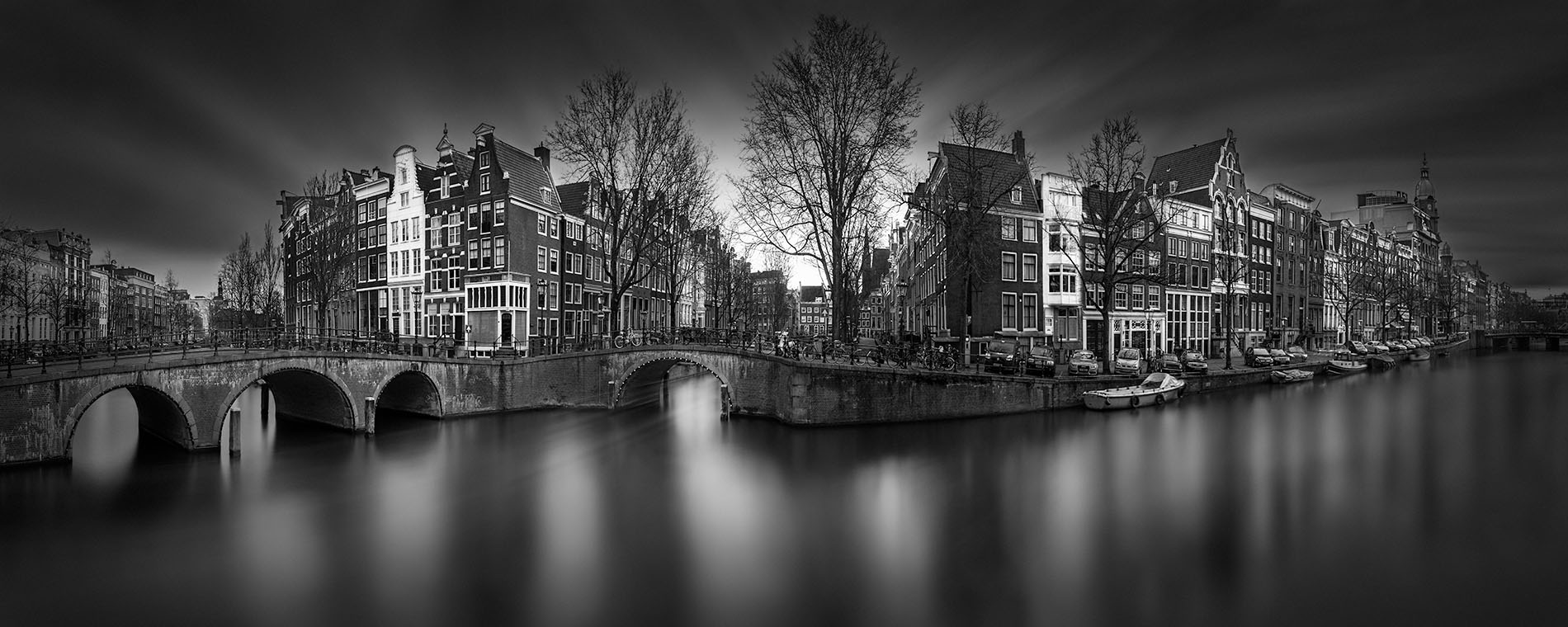 A Tale of the Past I - Keizersgracht Canal Amsterdam - © Julia Anna Gospodarou 2017 - long exposure photography in an urban environment