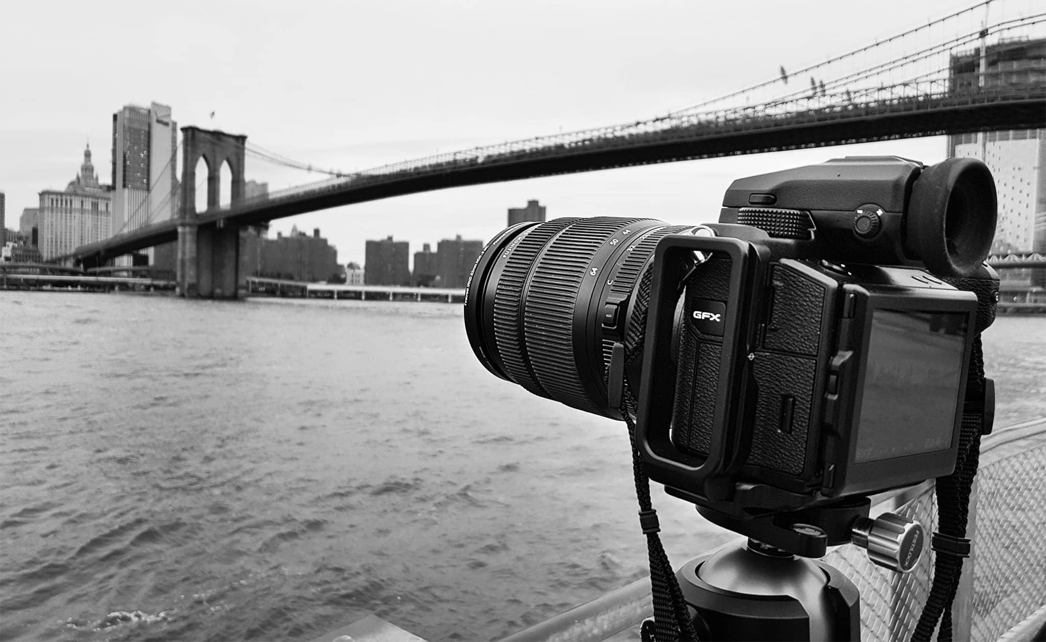 Fujifilm GFX 50S new york brooklyn bridge