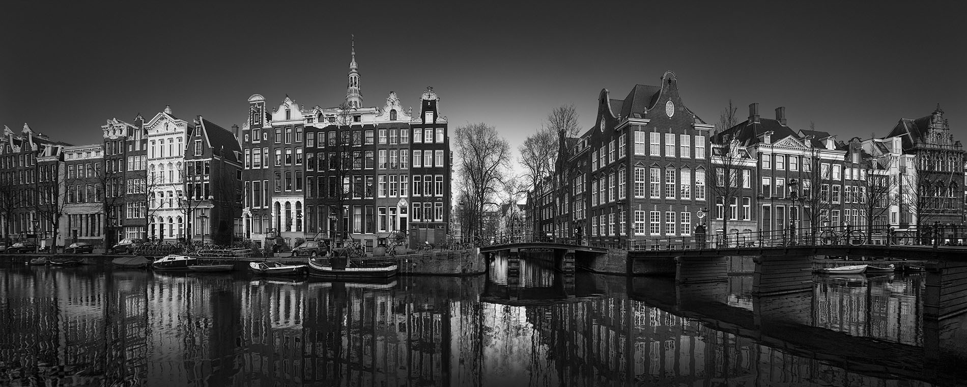 A Tale of the Past II - Singel Canal Amsterdam - © Julia Anna Gospodarou 2017 - Award-Winning Architectural Photography