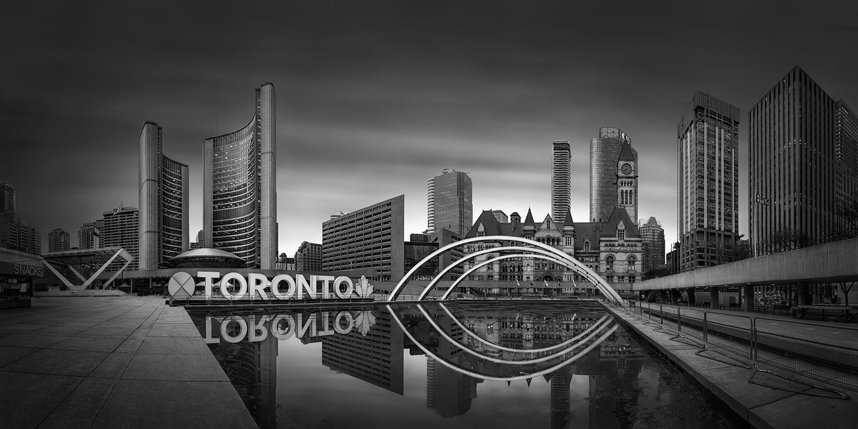 Metropolis II - Toronto -© Julia Anna Gospodarou 2020