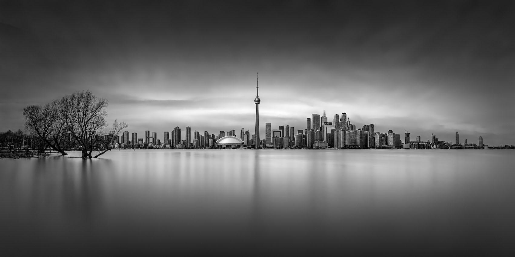 Metropolis I - Toronto - © Julia Anna Gospodarou 2020